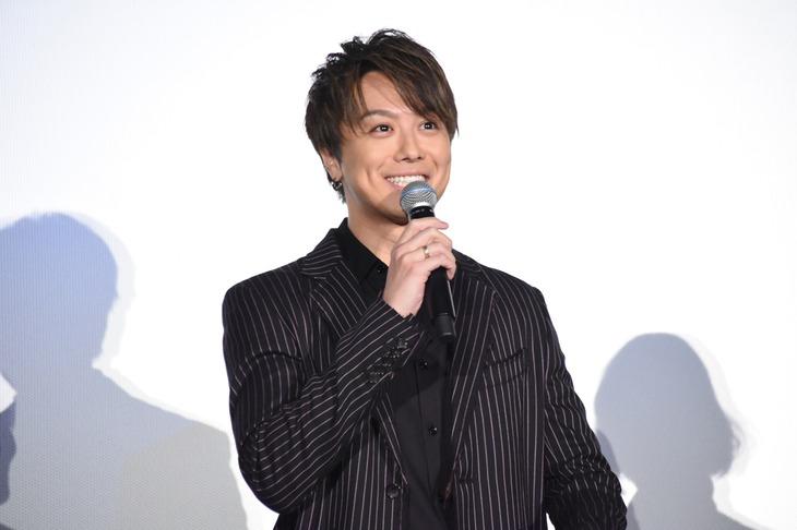 スーツのTAKAHIROの笑顔