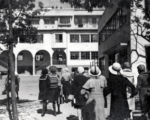 文化学院 Zeebra