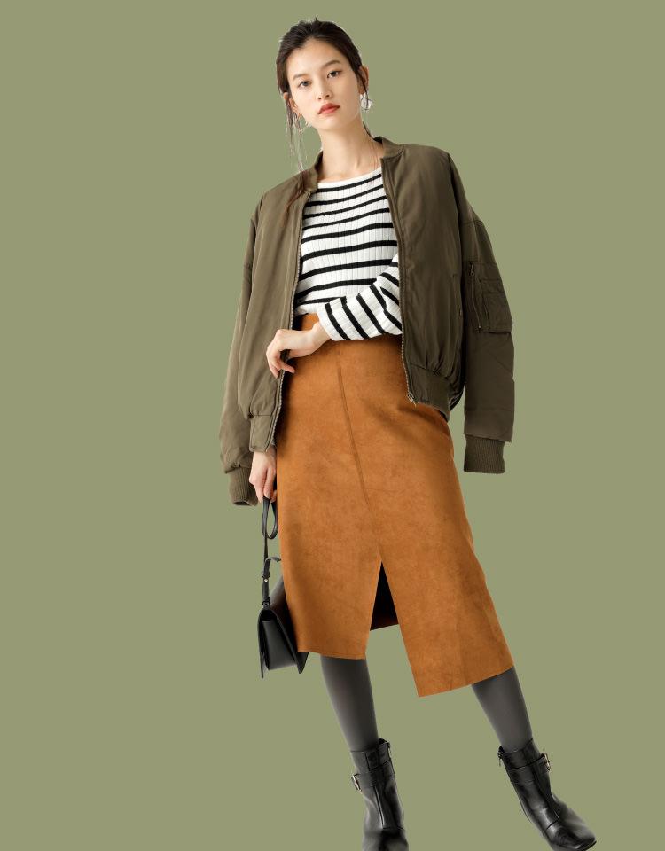 立花恵理のスエード調スカート画像