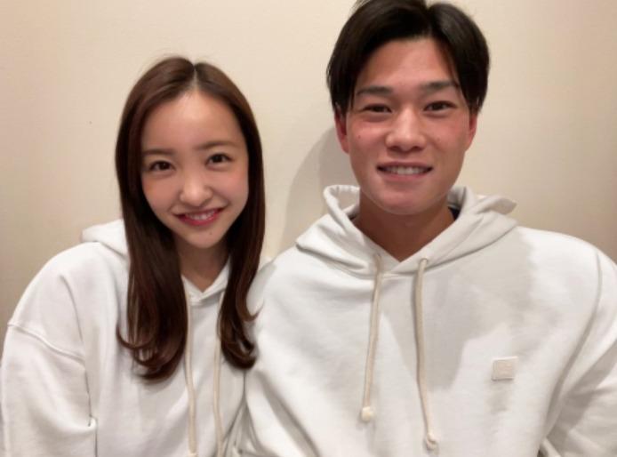【画像】板野友美と高橋奎二に離婚説が出た理由は?ネットの反応まとめ