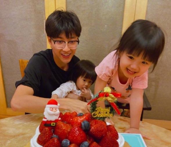 福原愛の2020年家族写真